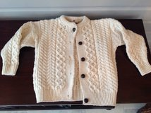 Youth Unisex Irish Knit Sweater Size 6 in Naperville, Illinois