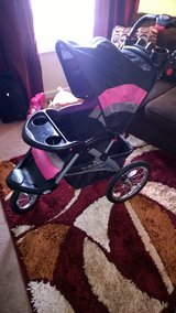 Baby Trend Expedition pink jogging stroller in Fort Campbell, Kentucky