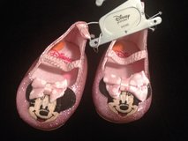Mini mouse shoes 0-6 mos in Wiesbaden, GE